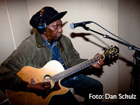 Thomas Mapfumo live at «The Best Ambiance»