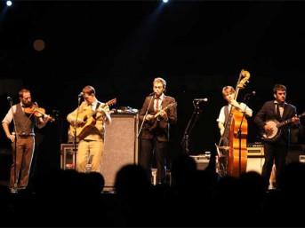 Punch Brothers live