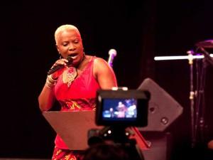 Angelique-Kidjo_afropfingsten_2012_globalsounds