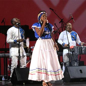Das Festival Petronio Alvarez präsentiert sich in Bogota